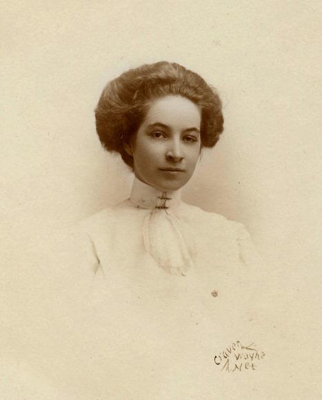 Ruth Bressler, about 1910-11