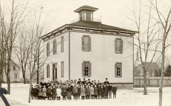 1910 pc school