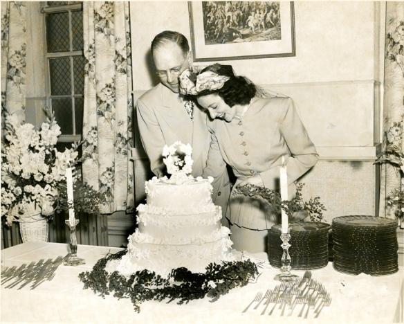 davis claycomb wedding cake