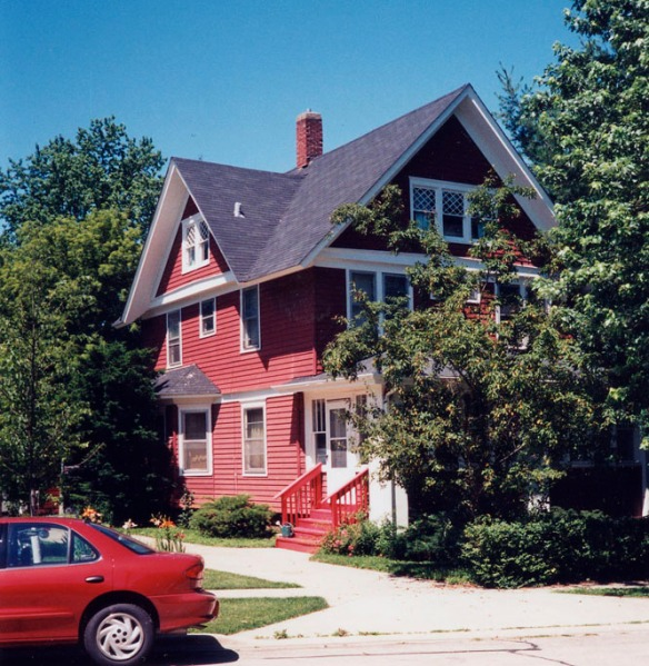 619 DeKalb Avenue in 1999.